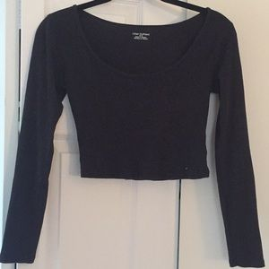 Black Urban Outfitters crop top